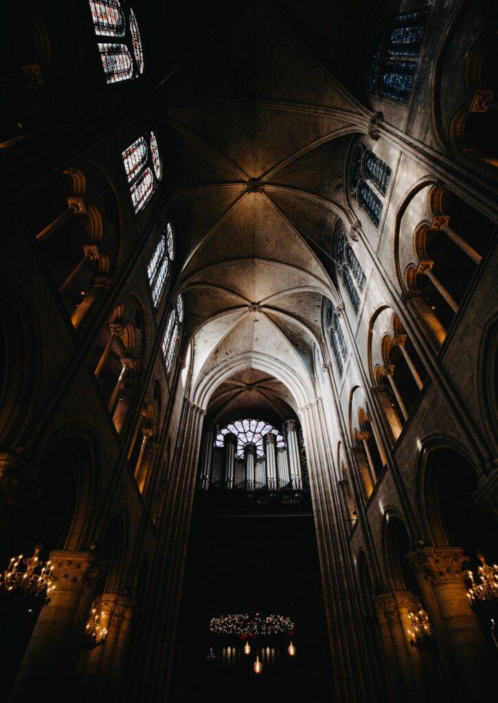 Notre-Dame vue de l'intérieur